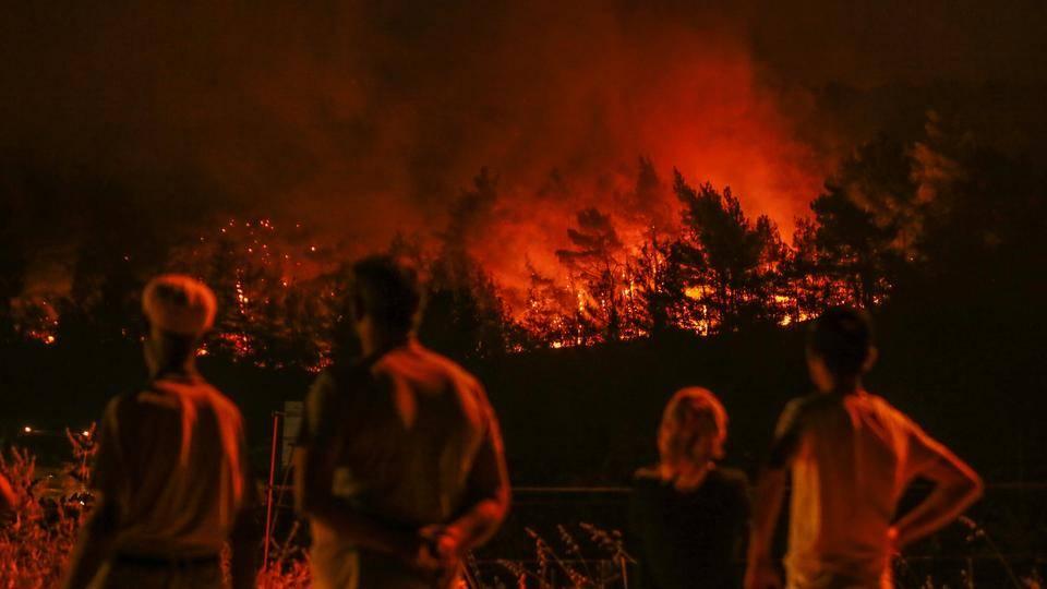 آتش سوزی جنگل در ازمیر مساحتی به اندازه 900 زمین فوتبال را نابود کرد | توران ازمیر | آتش سوزی در ازمیر